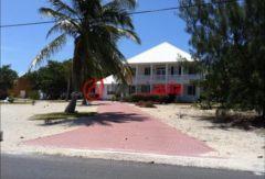 开曼群岛的土地,P6,编号39184275