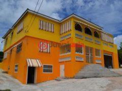 居外网在售牙买加克里斯蒂安娜6卧5卫的房产总占地1255平方米JMD 34,000,000