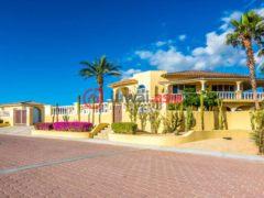 居外网在售墨西哥4卧4卫的房产总占地574平方米USD 790,000