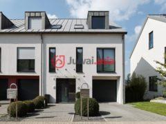 卢森堡3卧1卫的房产
