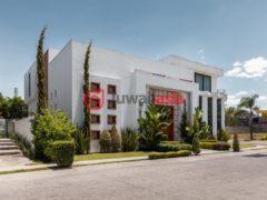 居外网在售墨西哥萨波潘5卧4卫的房产总占地472平方米MXN 15,900,000