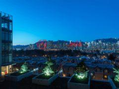 居外网在售加拿大温哥华2卧2卫的房产总占地118平方米CAD 1,625,000