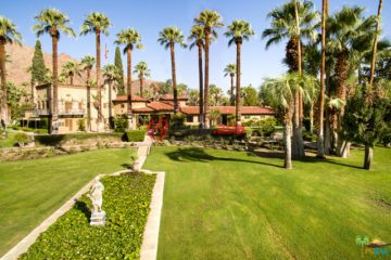 居外网在售美国棕榈泉8卧14卫的房产总占地16026平方米USD 13,000,000