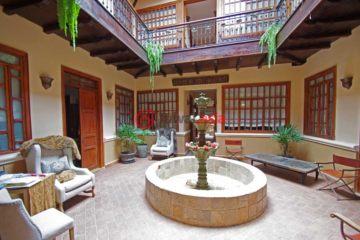 居外网在售厄瓜多尔5卧6卫历史建筑改造的房产总占地1301平方米USD 2,968,000