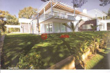 居外网在售土耳其2卧3卫新房的房产总占地1平方米EUR 225,000