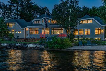 居外网在售美国3卧6卫特别设计建筑的房产总占地3076平方米