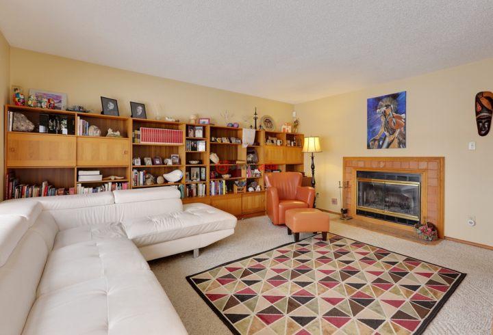加拿大阿尔伯塔卡尔加里的房产,6 Pinetree Drive,编号31397846